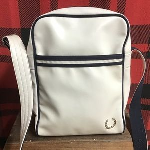 Guc Fred perry white shoulder bag